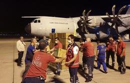 """Vụ nổ """"thổi bay"""" nhà cửa, lương thực dự trữ, thủ đô Lebanon đối mặt cuộc khủng hoảng nhân đạo"""