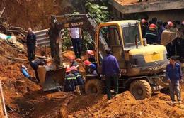Sập công trình ở Phú Thọ, nhiều người bị vùi lấp