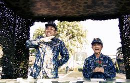 """Ca sĩ Phạm Quỳnh Anh """"xiêu lòng"""" trước sự đa tài của các chiến sĩ Trung đoàn Tên lửa 274"""