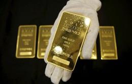 Vàng tiếp đà tăng giá do USD suy yếu