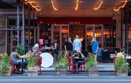 Các nhà hàng tại New York cầm cự qua dịch COVID-19 như thế nào?
