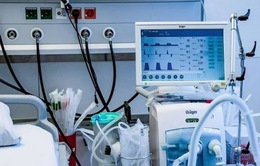 """""""Thổi giá"""" thiết bị y tế - Lỗ hổng trong xã hội hóa y tế"""