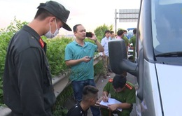 Bắt giữ 2 đối tượng đâm xe khách khiến chiến sĩ cảnh sát hy sinh