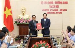 Công bố quyết định bổ nhiệm Thứ trưởng Bộ Lao động - Thương binh và Xã hội