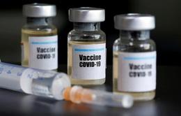 Các doanh nghiệp đối mặt với nhiều thách thức trong việc cung cấp vaccine COVID-19