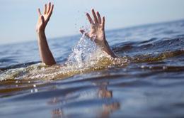 Tìm thấy thi thể hai vợ chồng bị nước cuốn trôi ở Quảng Ninh