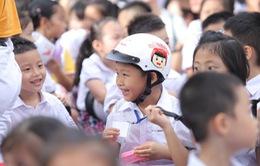 """Đi bộ vận động toàn dân """"đội mũ bảo hiểm cho trẻ em"""""""
