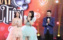 """Ân tượng khoảnh khắc chuyển giao """"vương miện"""" của 2 công chúa Vpop Bảo Thy - AMEE"""