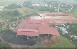 Ô nhiễm bụi than, đường xá hư hỏng vì nhà máy gạch