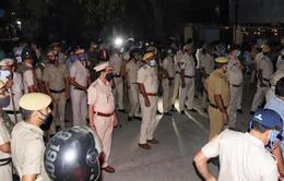 Ấn Độ: Hàng trăm người biểu tình đòi công lý cho thiếu nữ 19 tuổi tử vong do bị cưỡng hiếp