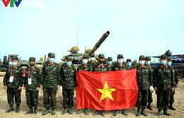 [Ảnh] Đội tuyển Xe tăng QĐND Việt Nam nhận HCV, CĐV nức lòng