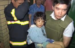 Bố đẻ bạo hành con gái 6 tuổi