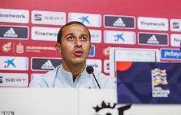 Thiago Alcantara phủ nhận việc muốn rời Bayern Munich