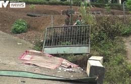 VIDEO: Cô giáo kể lại khoảnh khắc cổng trường đổ sập đè lên 6 học sinh