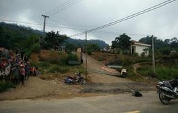 Cổng trường bị sập ở Lào Cai: Trụ gạch không cốt thép, kinh phí 14 triệu đồng
