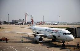 Hàng không Trung Quốc đẩy mạnh bán vé rẻ để bớt lỗ