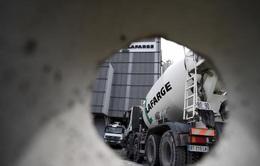 Sông Seine hứng chịu hàng trăm lít nước thải độc hại