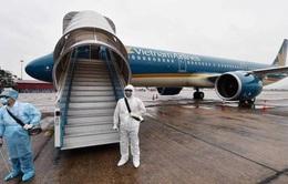 Dừng cấp phép chuyến bay từ Anh, Nam Phi về Việt Nam