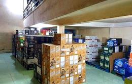 Phát hiện kho chứa hàng nghìn chai rượu ngoại nghi nhập lậu