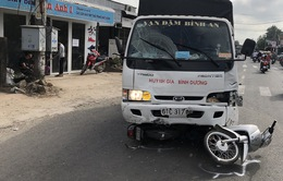 Ngủ gật, tài xế xe tải mất lái đâm 6 người