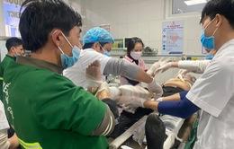 (Cập nhật) Vụ rơi thang thi công ở Nghệ An: 3 người tử vong, UBND tỉnh chỉ đạo dồn toàn lực cứu các công nhân bị thương