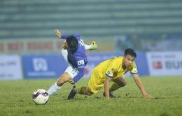 VFF phạt nguội cầu thủ phạm lỗi thô bạo với Hùng Dũng