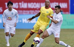 [KT] Hoàng Anh Gia Lai 2-1 Sông Lam Nghệ An: Chiến thắng đầu tiên của thầy trò HLV Kiatisuk