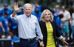 """Ông Biden từ người """"nghèo nhất quốc hội"""" trở thành triệu phú"""
