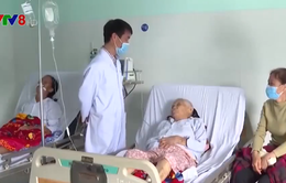 Trời lạnh kéo dài, nhiều bệnh nhân ở Kon Tum  nhập viện