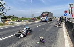Liên tiếp xảy ra tai nạn giao thông khiến 5 người thương vong