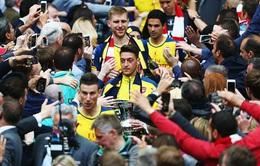 Báo châu Âu: Thời khắc Ozil chia tay Arsenal đã điểm!