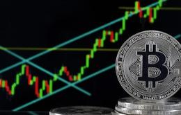 Bitcoin tiến gần mốc 38.000 USD