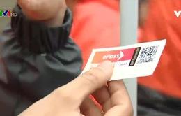 Đẩy nhanh tiến độ dán thẻ thu phí không dừng