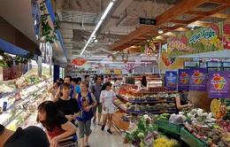 Mạnh tay khuyến mãi, các doanh nghiệp bán lẻ kích cầu mua sắm Tết Tân Sửu