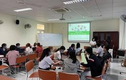 Sinh viên trường Đại học Y Dược TP Hồ Chí Minh tình nguyện tham gia phòng chống dịch COVID-19
