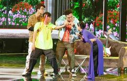 """Gala cười 2021: Xuân Nghị bắn rap """"cà khịa"""", Lâm Vỹ Dạ đáp trả bằng hò Huế"""
