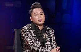 Tùng Dương hiếm hoi tiết lộ về vợ hơn tuổi cá tính