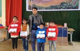 Món quà ý nghĩa cho các học sinh vùng cao dịp Tết Tân Sửu