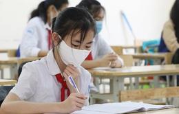 Học sinh Quảng Ninh vẫn dừng đến trường, chờ thông báo mới
