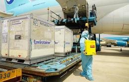 Thêm gần 660.000 liều vaccine COVID-19 của AstraZeneca về đến Việt Nam