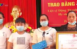 Đà Nẵng: Trao bằng Tổ quốc ghi công cho thân nhân 02 liệt sĩ CAND