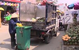 Người dân ngỡ ngàng vì giá thu gom rác đột ngột tăng