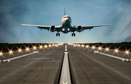 """Sân bay có phải """"đũa thần"""" cho phát triển?"""