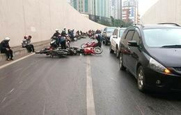 """Hà Nội tập trung xử lý 18 """"điểm đen"""" tai nạn giao thông trong năm 2021"""