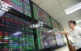 VN-Index giảm hơn 4 điểm