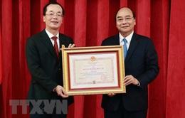 Chủ tịch nước trao tặng Huân chương cao quý cho lãnh đạo Bộ Xây dựng