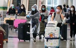 Hong Kong (Trung Quốc) phát hiện 49 hành khách mắc COVID-19 trên cùng một chuyến bay
