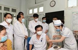 Bộ trưởng Bộ Y tế: Nguy cơ dịch xâm nhập vào Nghệ An rất cao