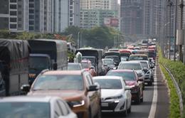 Phương tiện lưu thông tăng đột biến, hơn 10 người chết vì tai nạn giao thông trong ngày đầu dịp nghỉ lễ 30/4-1/5