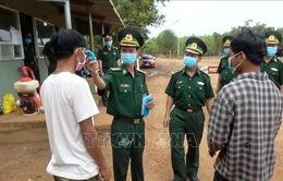Các tỉnh biên giới kích hoạt hệ thống phòng chống dịch